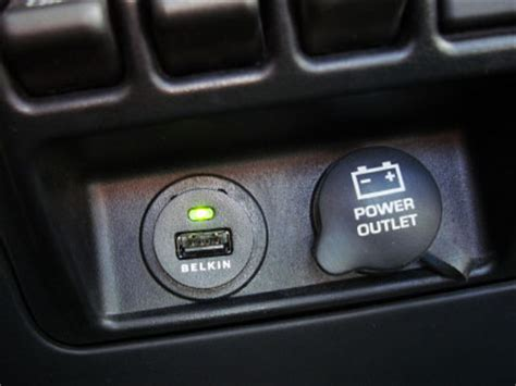 Can I Add A Usb Port To Car Stereo by Usb In Your Car 2 48am Everything Kuwait