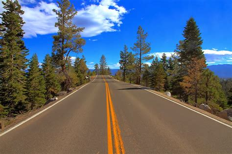 Background Jalan | cara membuat efek mobil ngebut dengan photoshop tips okey