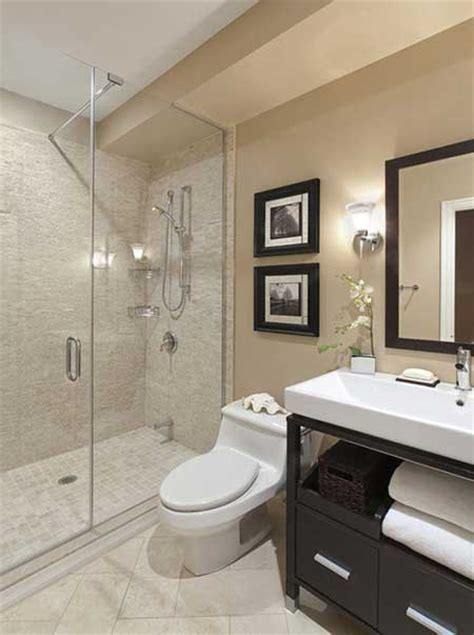Modern Bathroom Vanities Toronto - 30 banheiros com porcelanato bege branco preto amarelo