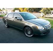 2005 Toyota Avalon  Overview CarGurus