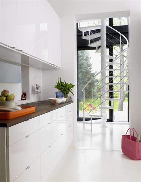 treppenhaus entwürfe für kleine räume romantische schlafzimmer farben
