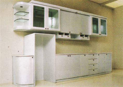 Lemari Etalase model dapur minimalis