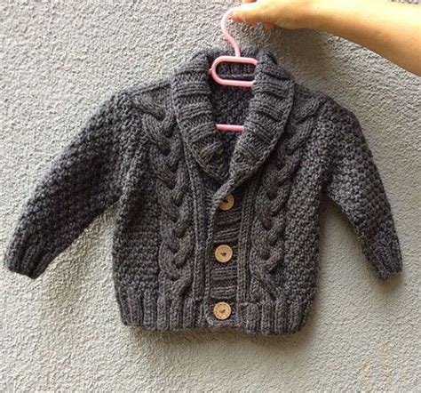 Pull Born On The Sweater 1000 ideas about baby pullover stricken on