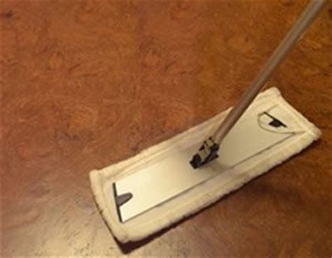 clean cork floor   clean cork flooring correct cleaning product