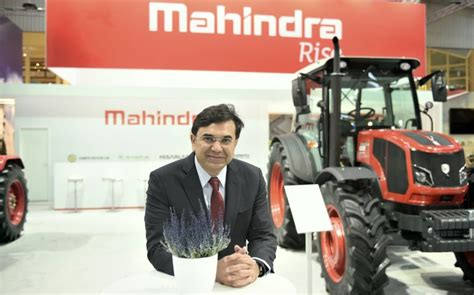 mahindra fes mahindra debuts at agritechnica 2017 inks agreement with