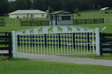swinging gate farm gates and entrances double r manufacturing