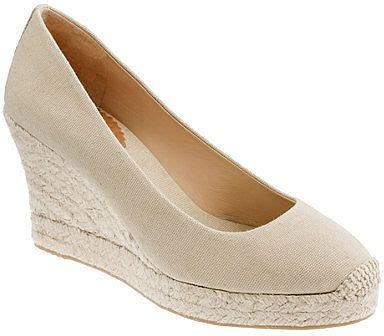kate middleton wedges my style