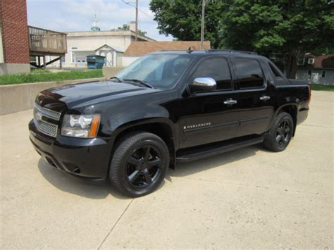 automobile air conditioning service 2007 chevrolet avalanche navigation system 2007 chevy avalanche fully loaded ltz blacked out custom 4wd