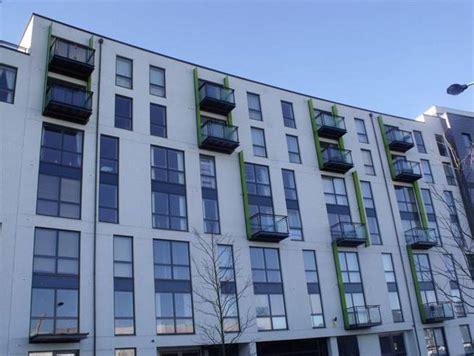 subasta de pisos de bancos 191 es posible paralizar la subasta de una casa embargada