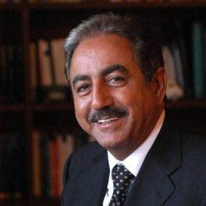interdetto dai pubblici uffici porto la spezia ex presidente forcieri interdetto dai