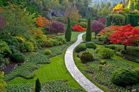 giardini colorati aprile rinnoviamo giardini e terrazze 4 donne per l