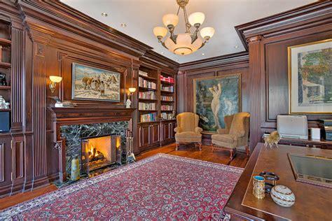regina george bedroom regina george s mansion in mean girls asks 14 8 million