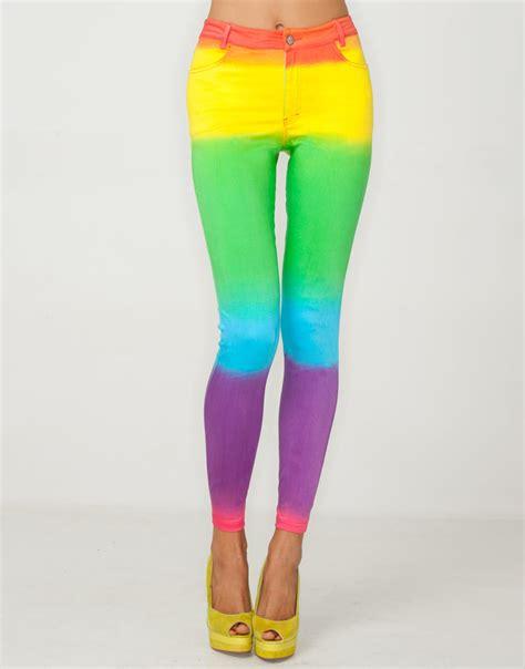 Conrads Dg Allyson Bowling Bag by Motel Jean In Rainbow Fade Print Motel Rocks