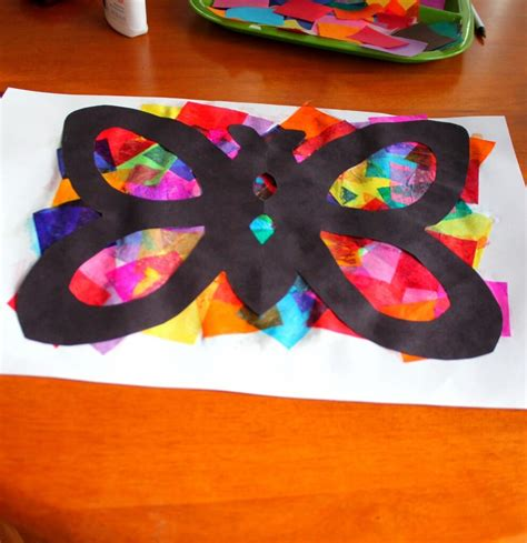 Tissue Paper Butterfly Craft - tissue paper butterflies playdough to plato