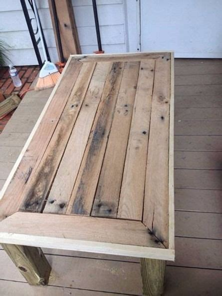 pallet wood table top 25 best ideas about pallet table top on