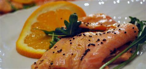 ricette di cucina light ricette per dimagrire salmone al forno in salsa light di