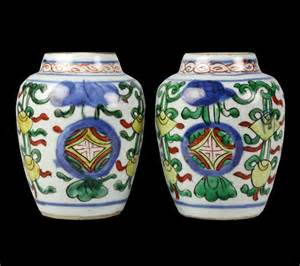 Old Chinese Vases Pair Antique Chinese Wucai Enameled Vases Ming Dynasty