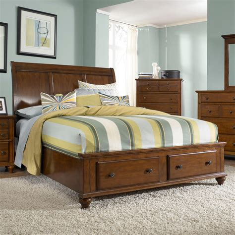 Raymour And Flanigan Bedroom Set With Armoire