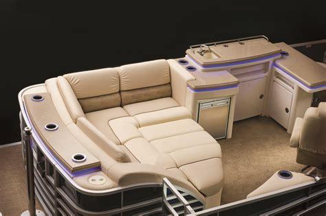 stern boat information benningtonmarine stern club seating with cushions