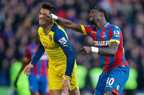 alexis sanchez v crystal palace arsene wenger admits that arsenal were fortunate to beat