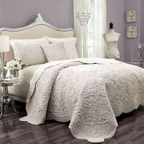 Bed Coverlet Products Bedding Comforters Sheets Quilts Bedspread