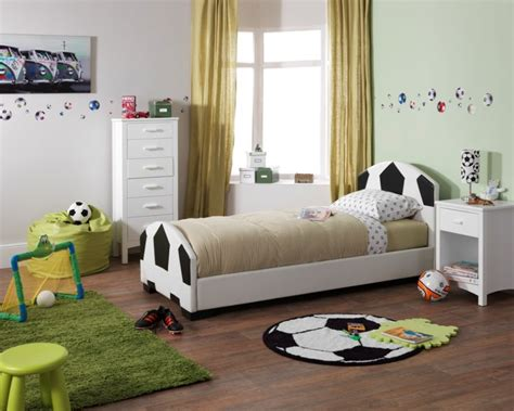 football bedroom sponsored post creating a welcoming bedroom for younger children tidylife