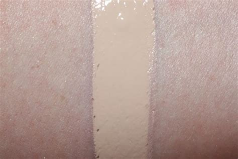 d lock it foundation light 44 d lock it foundation review swatch before