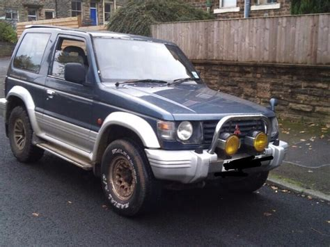 transmission control 1995 mitsubishi pajero parking system mitsubishi pajero shogun manual gearbox diesel 4x4 4wd in bradford west yorkshire gumtree
