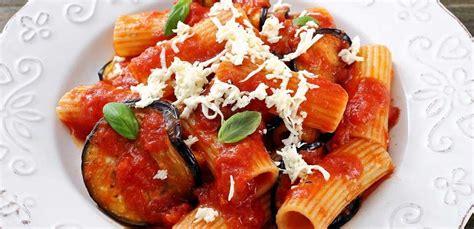 cucina pasta alla norma pasta alla norma l originale siciliana al 100 leitv