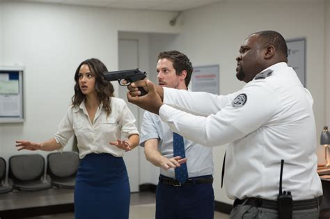 adria arjona belko experiment photo de adria arjona the belko experiment photo adria
