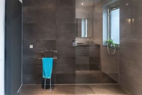 nieuwe badkamer zonder bad badkamer showroom regio zeeland