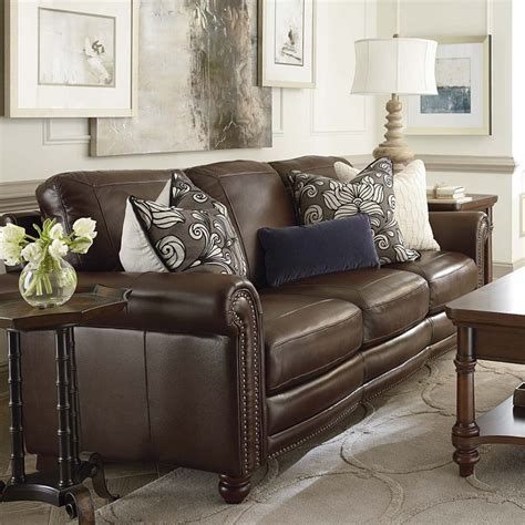 What Color Pillows For A Brown by Throw Pillows For Brown Leather What Color Throw
