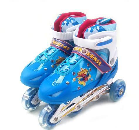Sepatu Roda Inline kaca mata renang pernak pernik anak