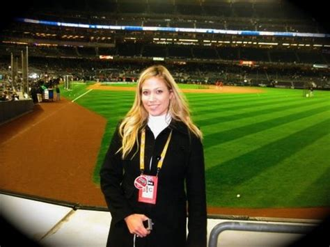 yankees new sideline reporter yes network meredith marakovits