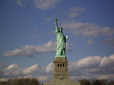 piedistallo statua della libert monumenti pi 249 apprezzati al mondo noi girovagando