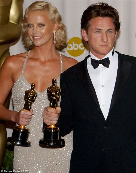 2004 oscars best actor sean penn discusses new girlfriend charlize theron for