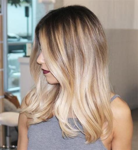 Are Roots With Blonde Hair In Style | 40 beautiful blonde balayage looks dark roots balayage