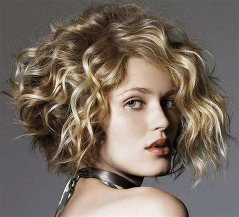short haircuts for curly hair and fat face short curly haircuts for fat faces short and cuts hairstyles