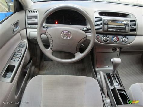 2006 Toyota Camry Interior by 2006 Toyota Camry Le Gray Dashboard Photo 70913704 Gtcarlot