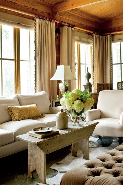 10 southern home decorating ideas stylesstar com classic farmhouse decorating southern living