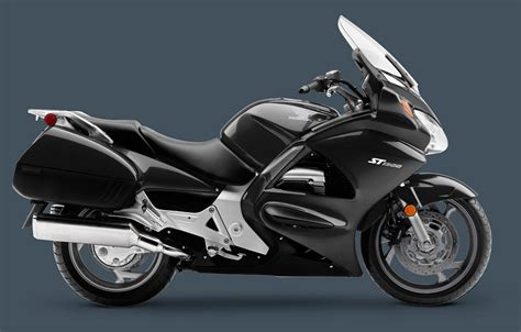 honda st1300 2012 honda st1300 picture 423014 motorcycle review