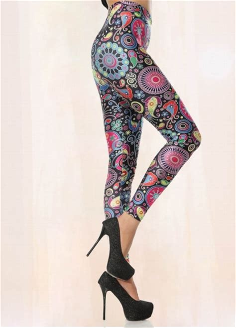 Tribal Pattern Leggings Outfit | colorful fashion tribal pattern leggings outfit tribal