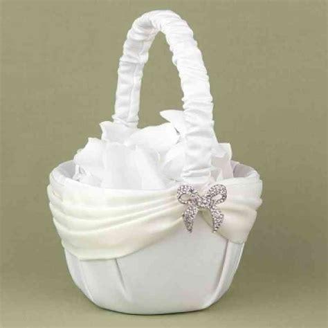 A Dazzling Beginning Flower Girl Basket   Wedding Collectibles
