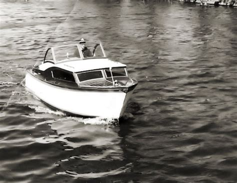 open kajuitboot open kajuitboot 550 waarschijnlijk bouwnummer 1 dit