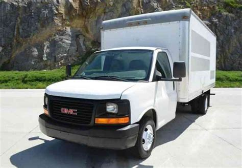 old car owners manuals 2008 gmc savana 1500 engine control service manual how to repair center console 1999 gmc savana 1500 service manual how to