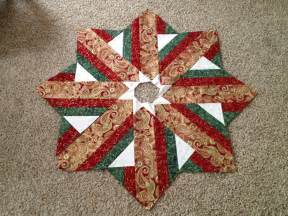 unfinished christmas tree skirt top quilt patterns