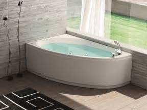 Stand Alone Jetted Bathtubs 25 Best Ideas About Corner Bathtub On Corner