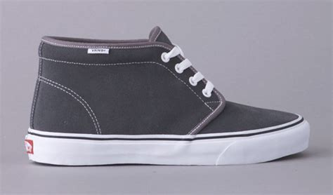 persuade me vans chukka boot pewter suede kicksologists