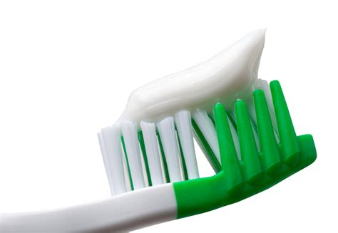 7 Great Toothpastes For A Whiter Smile by 7 Amazing Ways To Use Toothpaste Greenspoint Dental
