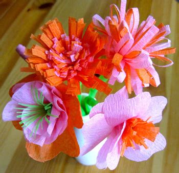 What Can You Make With Crepe Paper - 20 diy crepe paper flowers with tutorials guide patterns